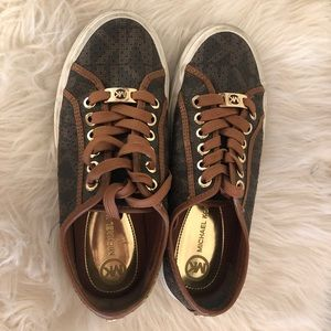 Michael Kors Shoes - Michael Kors city sneakers